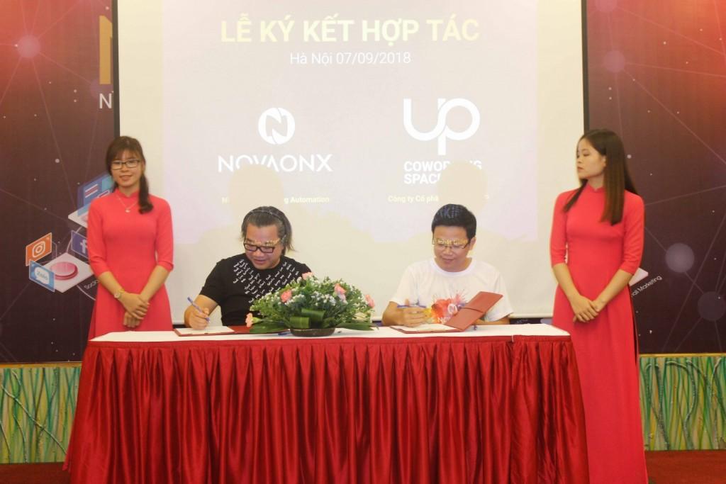 Lễ ký kết giữa NOVAONX và UP